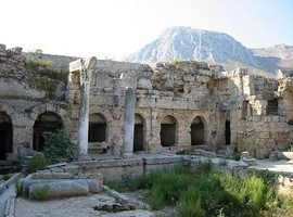 Ancient-Corinth-Greece-2