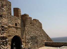 Monemvasia-castle-3