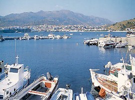 andros-port-1