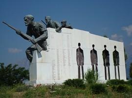 arachova-monument-1