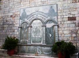 karpenisi-church