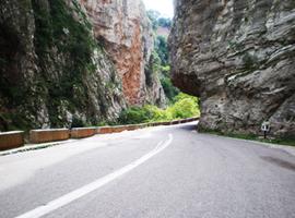 karpenisi-road
