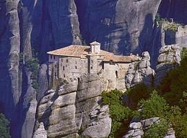 monastery-rousanou