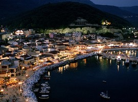 parga-night-2