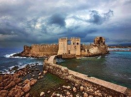 methoni-castle-greece-8